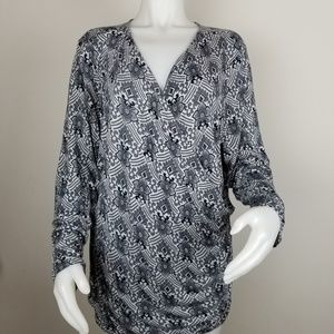Daisy Fuentes 3X Crossover Patterned Blouse
